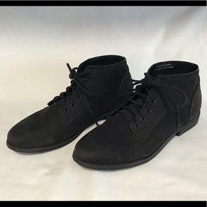 BDG black ankle boots 7
